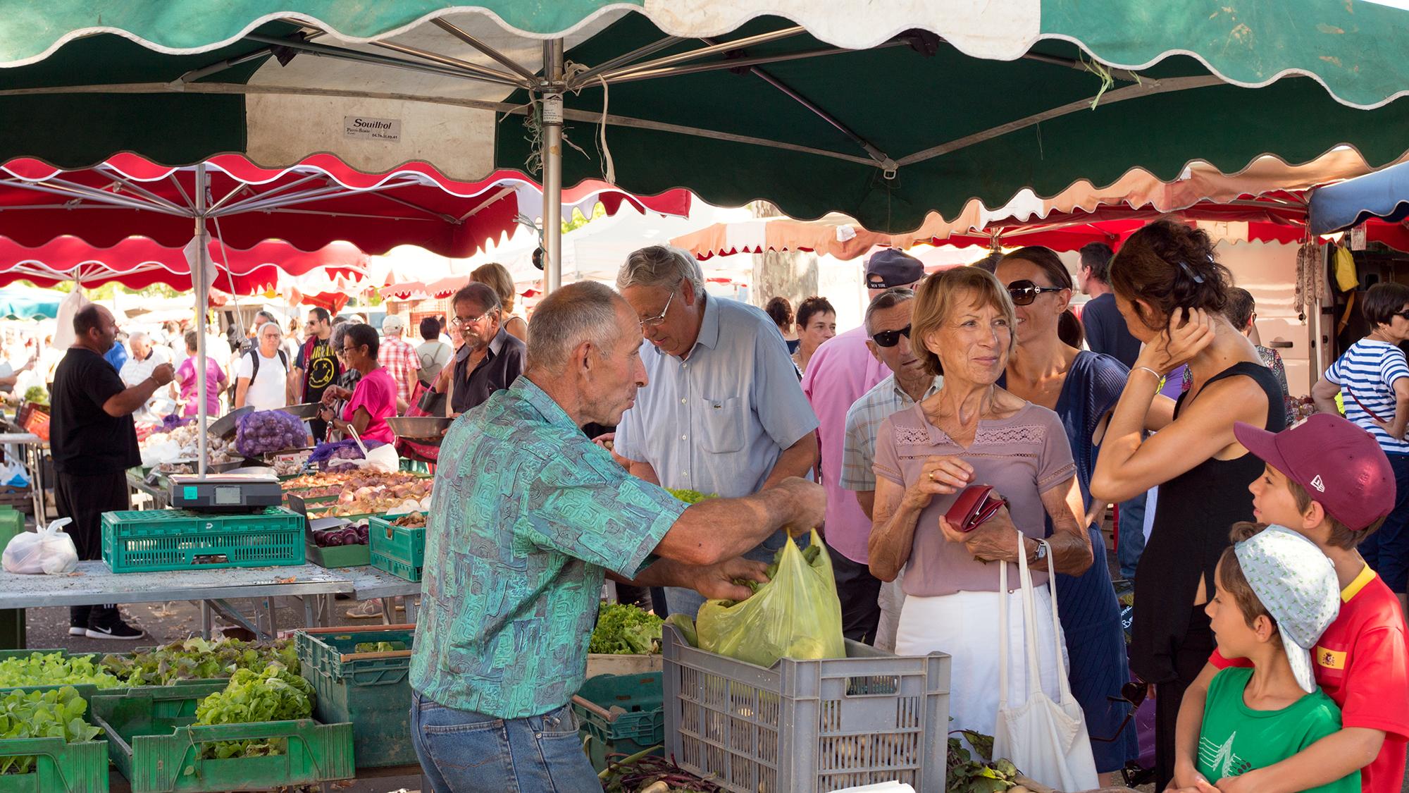 Bourg-market